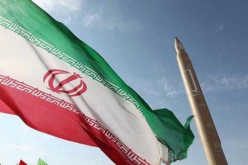 بیانیه ۲۲۰ نماینده مجلس برای تقویت صنعت موشکی کشور