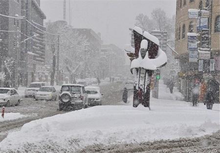 هوای آذربایجان غربی ۸ درجه سردتر می شود