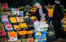 بازار میوه و ترهبار تعطیلی که با هزینههای گزاف از جیب مردم شاهینشهر تأسیس شد
